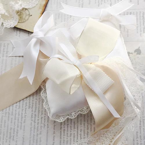 リングピロー〔リボンストーリー〕手作りキット|リボンたっぷりのリングピローの商品画像1|結婚式演出の手作りアイテム専門店B.G.