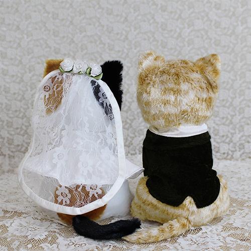 ウェルカムドール〔チャトラ猫とミケ猫〕完成品 チャトラ猫とミケ猫のカップルのぬいぐるみ商品画像2 結婚式演出の手作りアイテム専門店B.G.