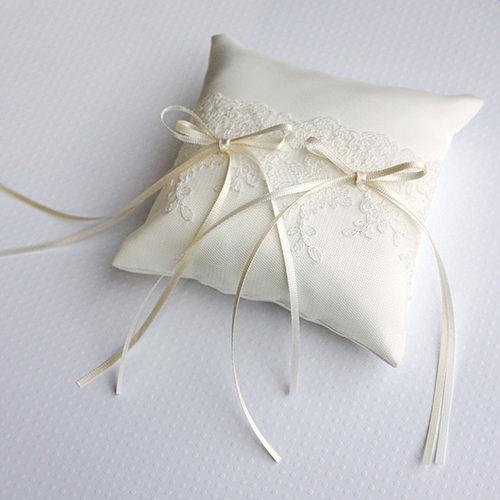 リングピロー〔ジュリア〕手作りキット|結婚式演出の手作りアイテム専門店B.G.|商品画像1