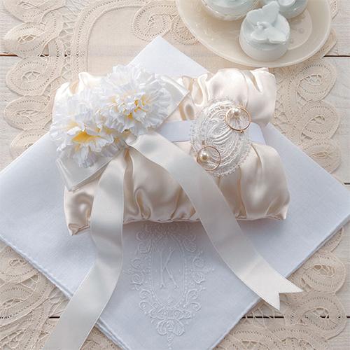 リングピロー〔ノーブルホワイト〕完成品|結婚式演出の手作りアイテム専門店B.G.