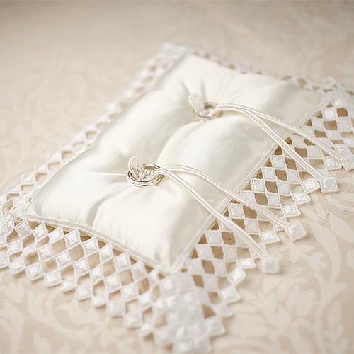 リングピロー〔スクエアレース〕手作りキット|結婚式演出の手作りアイテム専門店B.G.