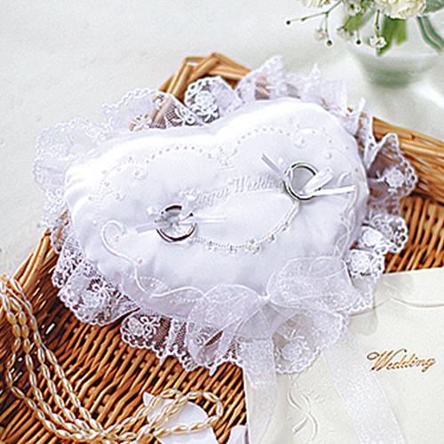 リングピロー〔刺しゅう入りオーロラ〕手作りキット|結婚式演出の手作りアイテム専門店B.G.
