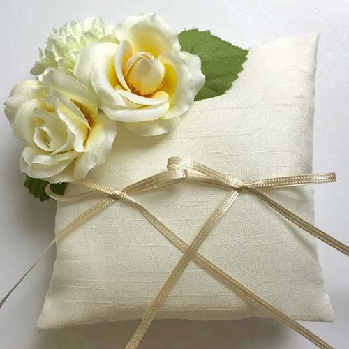 リングピロー〔ローズ・アイボリー〕 手作りキット|結婚式演出の手作りアイテム専門店B.G.